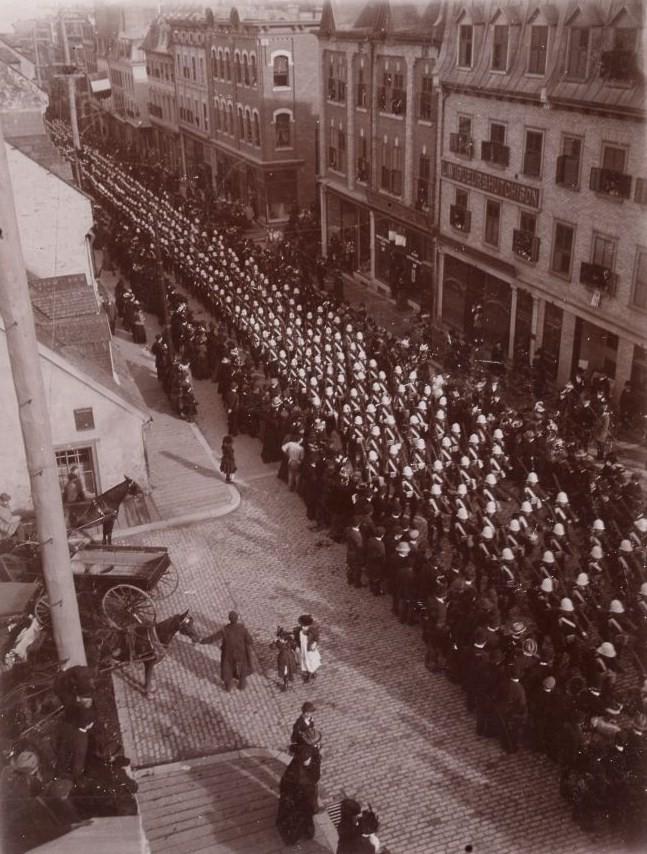 Ceremonie militaire 1899